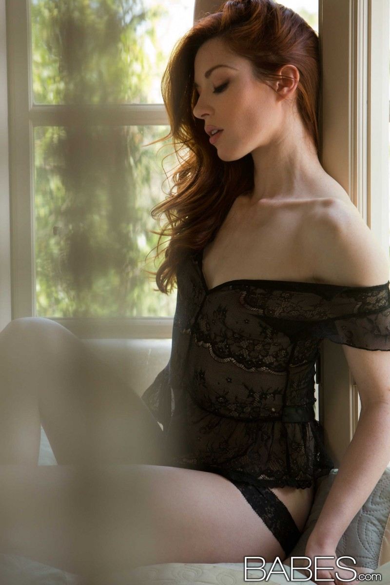Stoya Black Lingerie Top babes stoya in black lingerie | babes videos and pictures