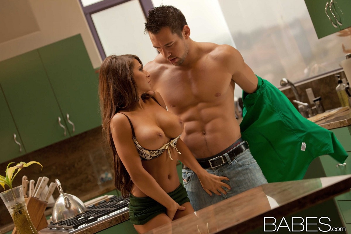 Madison ivy kitchen cum nice