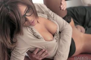 Babes Alexis Brill - Irresistible