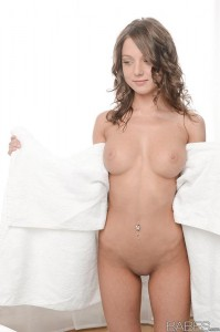 Babes Foxy Di - Pleasures of the East