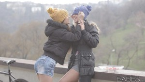 Babes Lorena G & Tracy Gold - Lost in Love