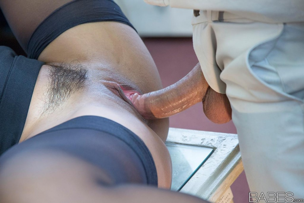 Black girl smoking porn